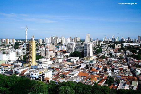 Umidade do ar chega a 12%; Prefeitura emite alerta