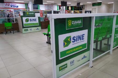 Confira as oportunidades de emprego no SINE do Shopping Popular