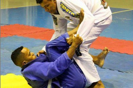 Shopping Popular se solidariza em prol de atletas que irão representar Mato Grosso em campeonato mundial de Jiu Jitsu