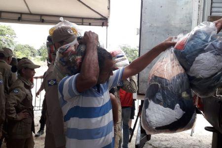 30 toneladas de donativos foram distribuídos para mais de 600 famílias que não tinham esperança nesse Natal