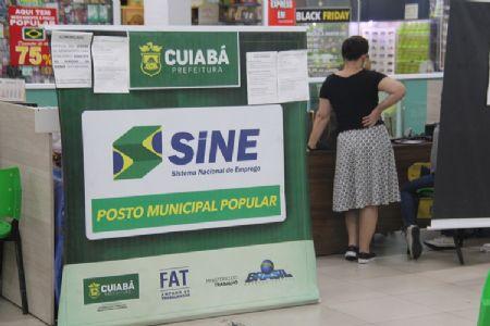 Confira as vagas de emprego disponíveis no SINE Municipal no Shopping Popular