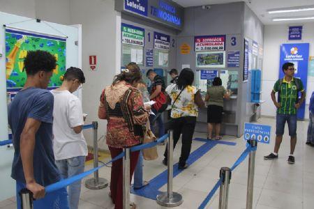Mega-Sena da Virada: faça suas apostas no Shopping Popular