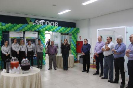 Sicoob União comemora um ano da agência no Shopping Popular