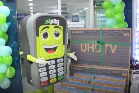 Cooperativa Sicoob União MT/MS comemora três anos no Shopping Popular