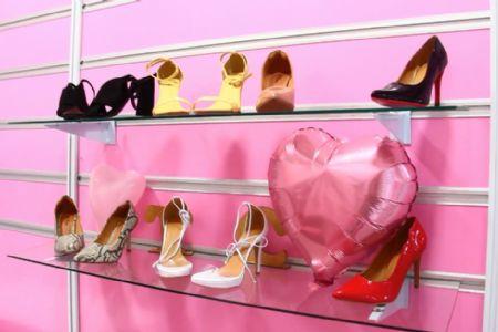 Cresce consumo de calçados femininos no país