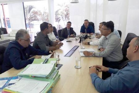 Concurso para Polícia Militar, Polícia Judiciária Civil e Bombeiros é debatido em reunião