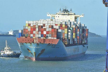 Balança comercial registra saldo positivo de US$ 4 bilhões em novembro