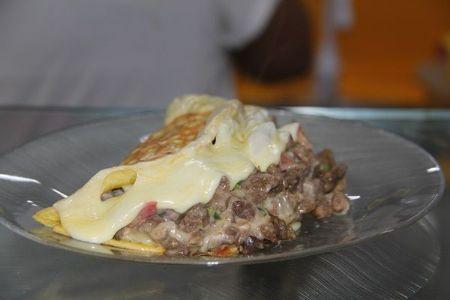 Kebab's e omeletes são opções de lanche da tarde no Shopping Popular