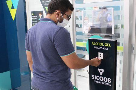 Covid19: Cooperativa Sicoob do Shopping Popular se adéqua para melhor atender os clientes