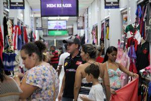 Shopping Popular supera expectativa de vendas no dia das Mães