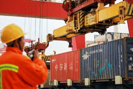 Exportações chinesas se mantêm em outubro, apesar das tarifas
