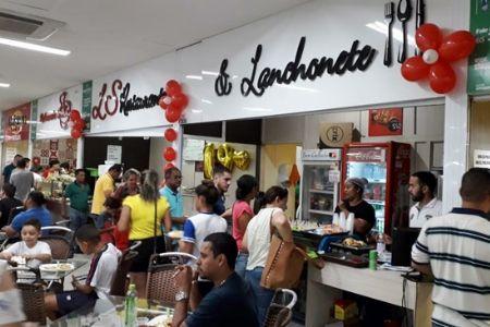 LS Restaurante e Lanchonete comemora o 19° aniversário no Shopping Popular