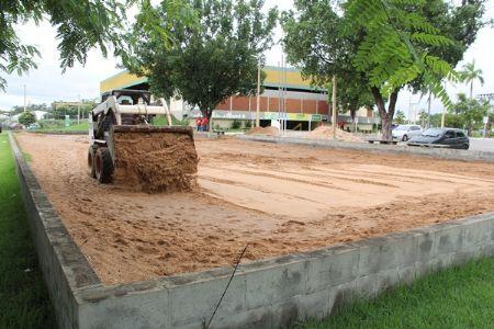 Reposição de areia no Complexo Dom Aquino, a pedido da classe dos esportistas de Cuiabá