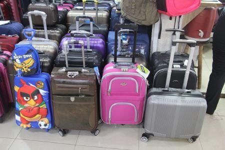 Vai viajar? No Shopping Popular você encontra a mala ideal para suas férias