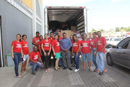 O Shopping Popular arrecadou mais de 150 cestas básicas em prol do Natal da Solidariedade