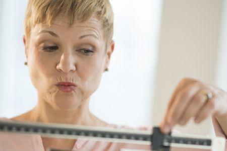 Mulheres podem engordar de 2 a 7 quilos na menopausa, mas por quê?