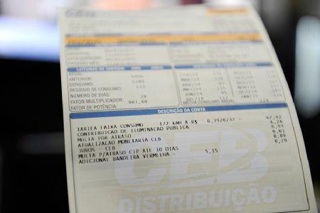 Nova faixa de consumo para tarifa social de energia volta à pauta da CAE