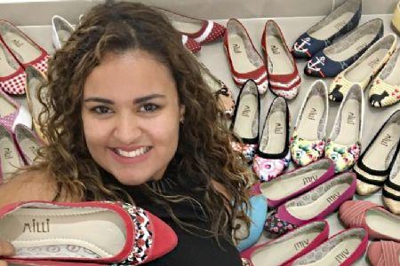 Tirou R$ 4.000 da poupança, vendeu sapatilhas em casa e abriu 63 franquias